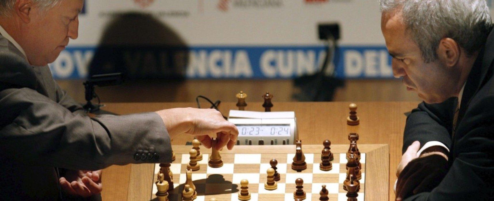 Cap. 4: Duelo Karpov Vs. Kasparov y beneficios del ajedrez en las escuelas