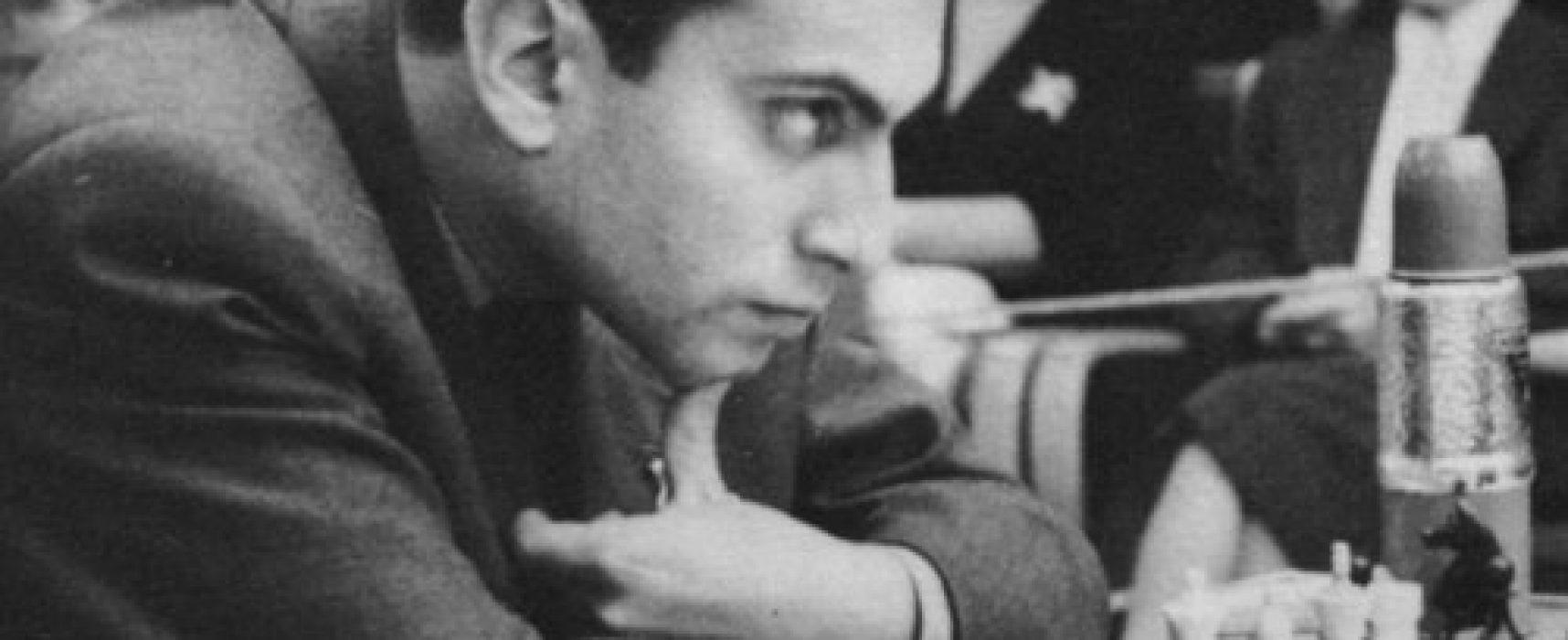 Cap. 12: Mikhail Tal, «El mago de Riga» y entrevista a Pablo Martín Peré, impulsor de dos proposiciones no de ley en torno al ajedrez