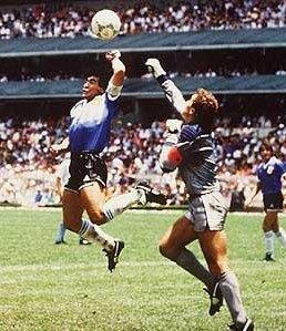 Maradona y su famoso gol a Inglaterra