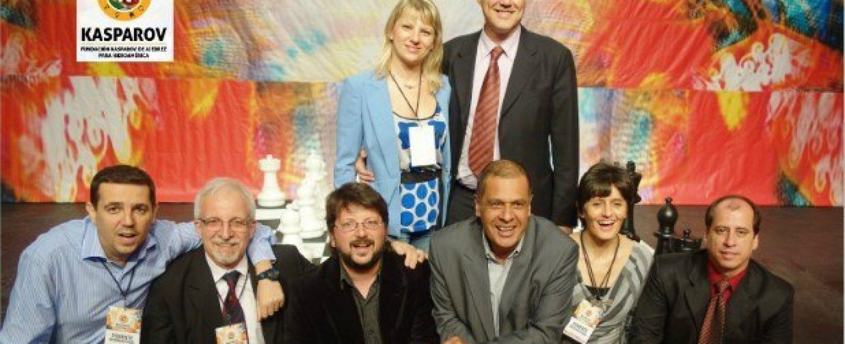 1. e4! La Fundación Kasparov toma la iniciativa del ajedrez educativo