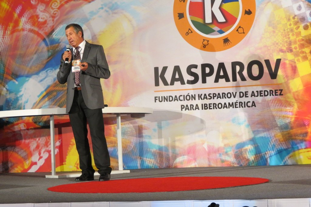 Joaquín Fdez. Amigo como ponente de la Fundación Kasparov de Ajedrez