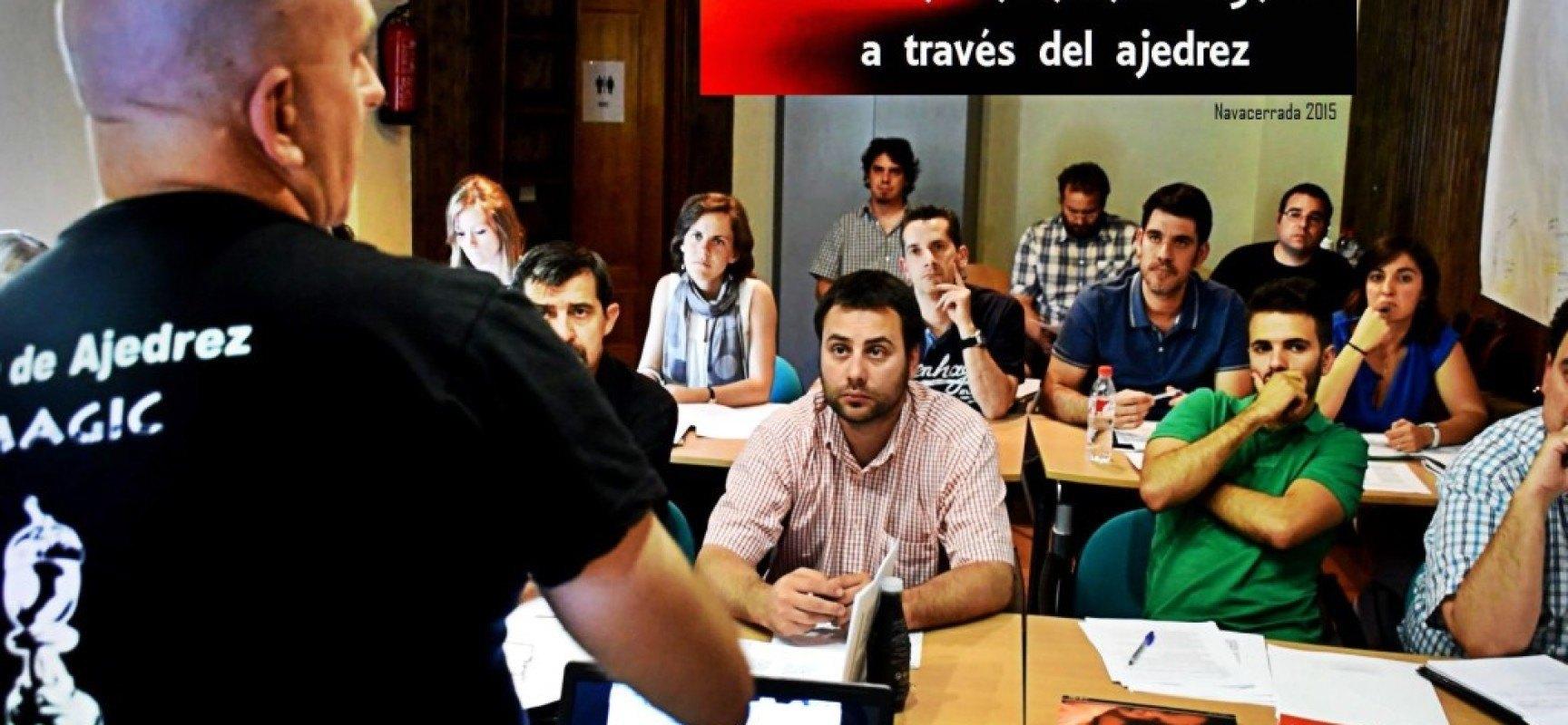 """Nº 12 de la revista """"Ajedrez social y terapéutico (PDF)"""