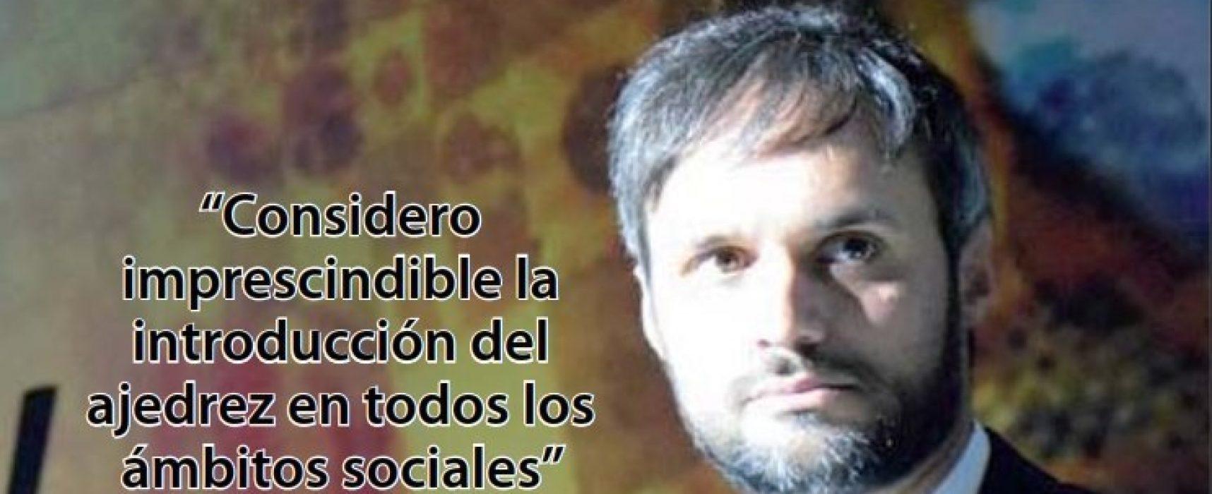 Nº 13 de la revista «Ajedrez social y terapéutico» (PDF)