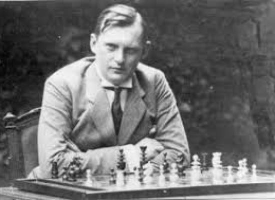 """Miguel Ángel Nepomuceno: """"Lo cierto es que Alekhine pudo haber sido baleado"""""""