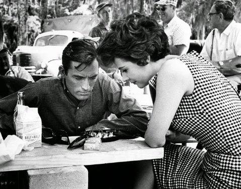 El cabo del Terror (1962). Gregory Peck le enseñó a jugar al ajedrez a la actriz Polly Bergen