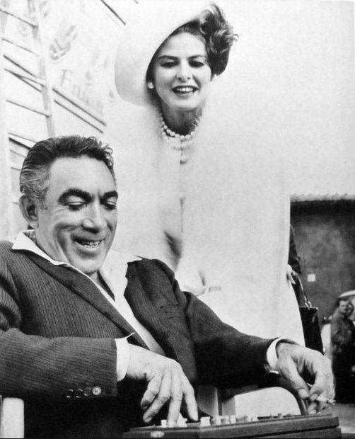 """La visita del rencor"" (1964). Anthony Quinn con Ingrid Bergman. Foto: Pinterest."