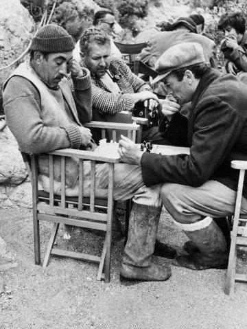 Los cañones de Navarone (1961). Anthony Quinn y Gregory Peck.