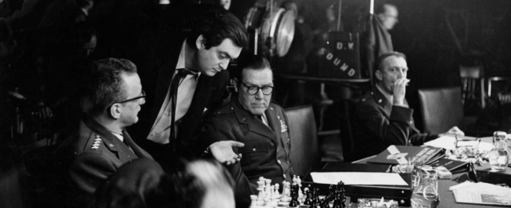 Buscamos título para nuestra sección radiofónica de ajedrez y cine