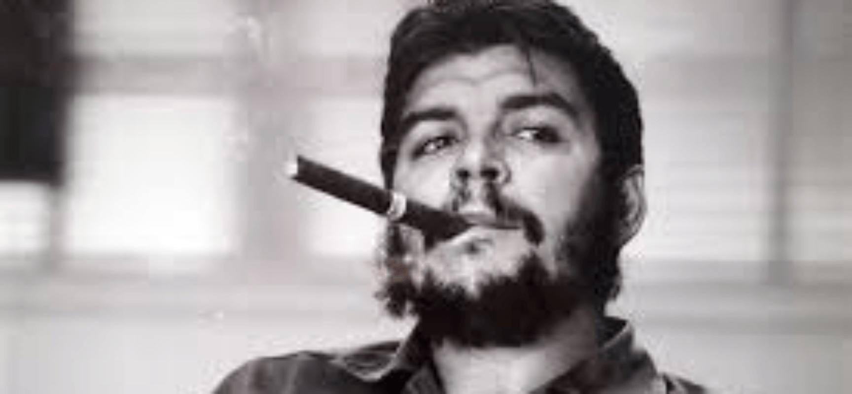 Ernesto (Chess) Guevara, un fusil al hombro… y un tablero de ajedrez