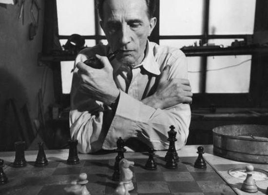 Manuel Segade, historiador del arte: «Por un tiempo, Marcel Duchamp solo comía, dormía y jugaba al ajedrez»