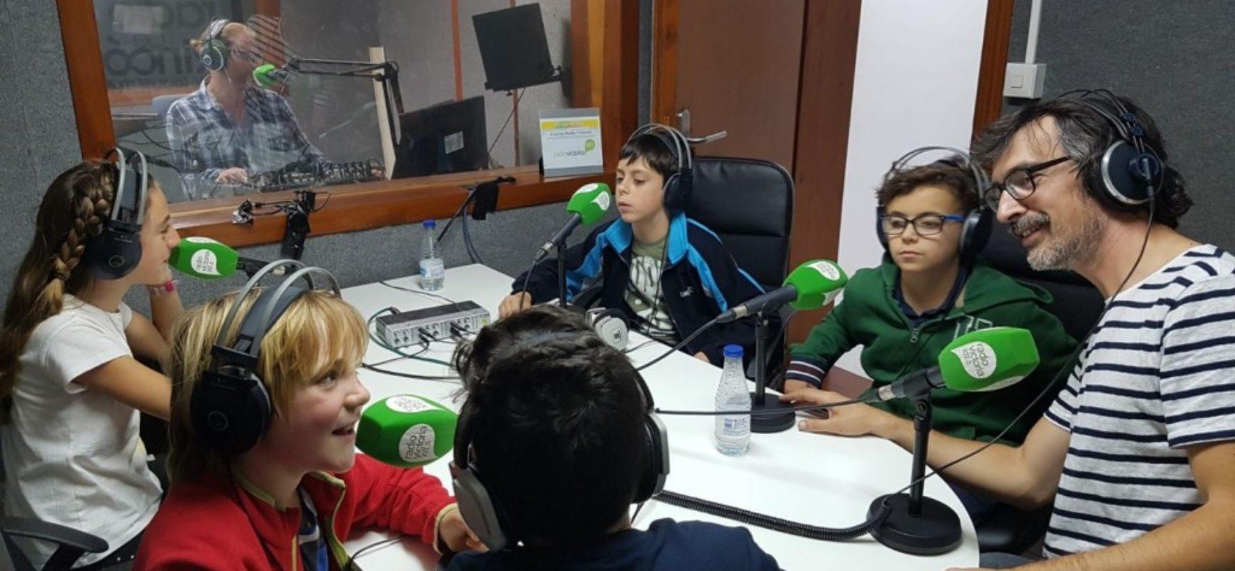 Pequeños sabios del tablero en Platero Green School (Málaga)