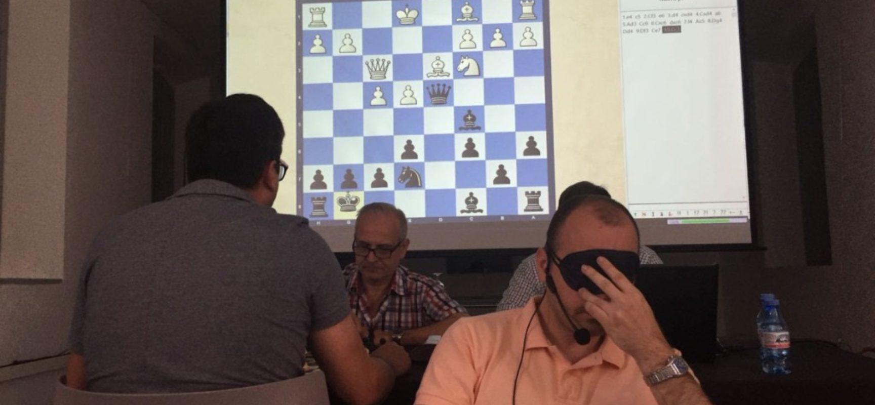 Una semana a la ciega con el GM Ernesto Fernández