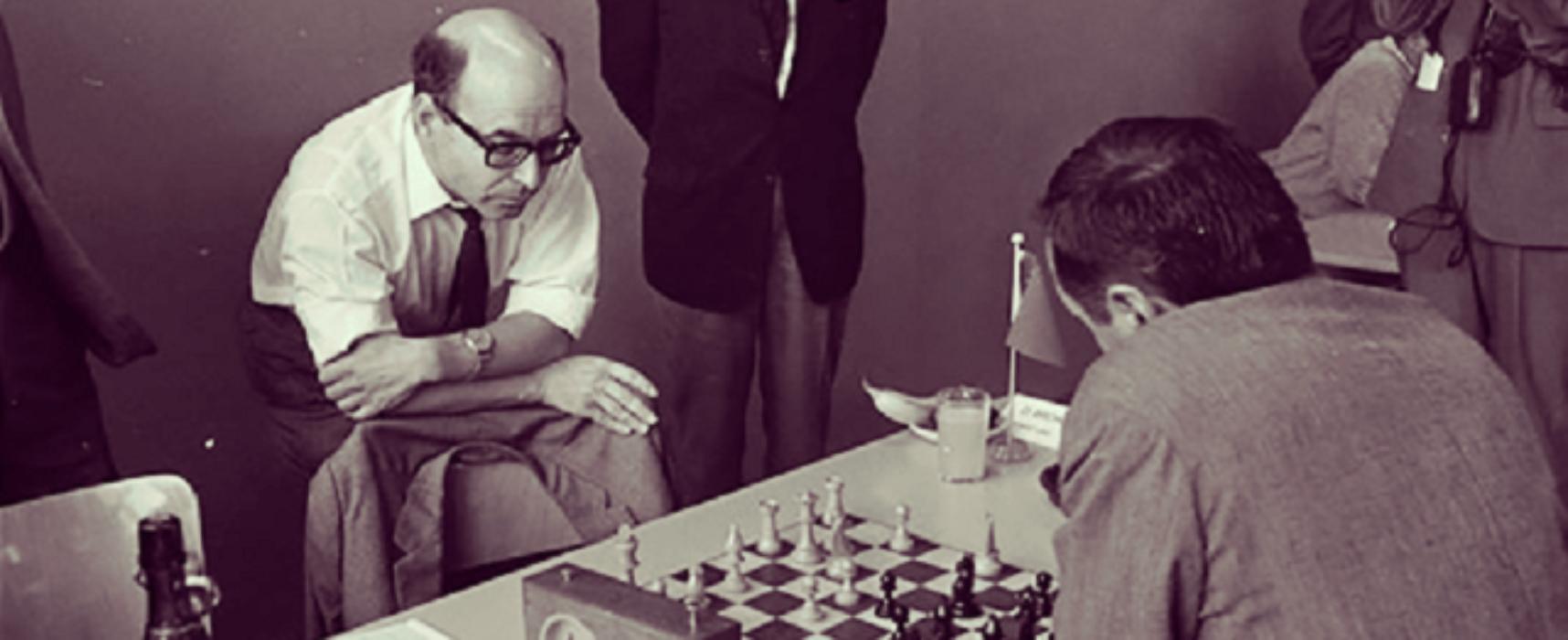 """David Bronstein, el campeón de medio mundo (I) + Proyecto """"Deportes en la frontera"""""""