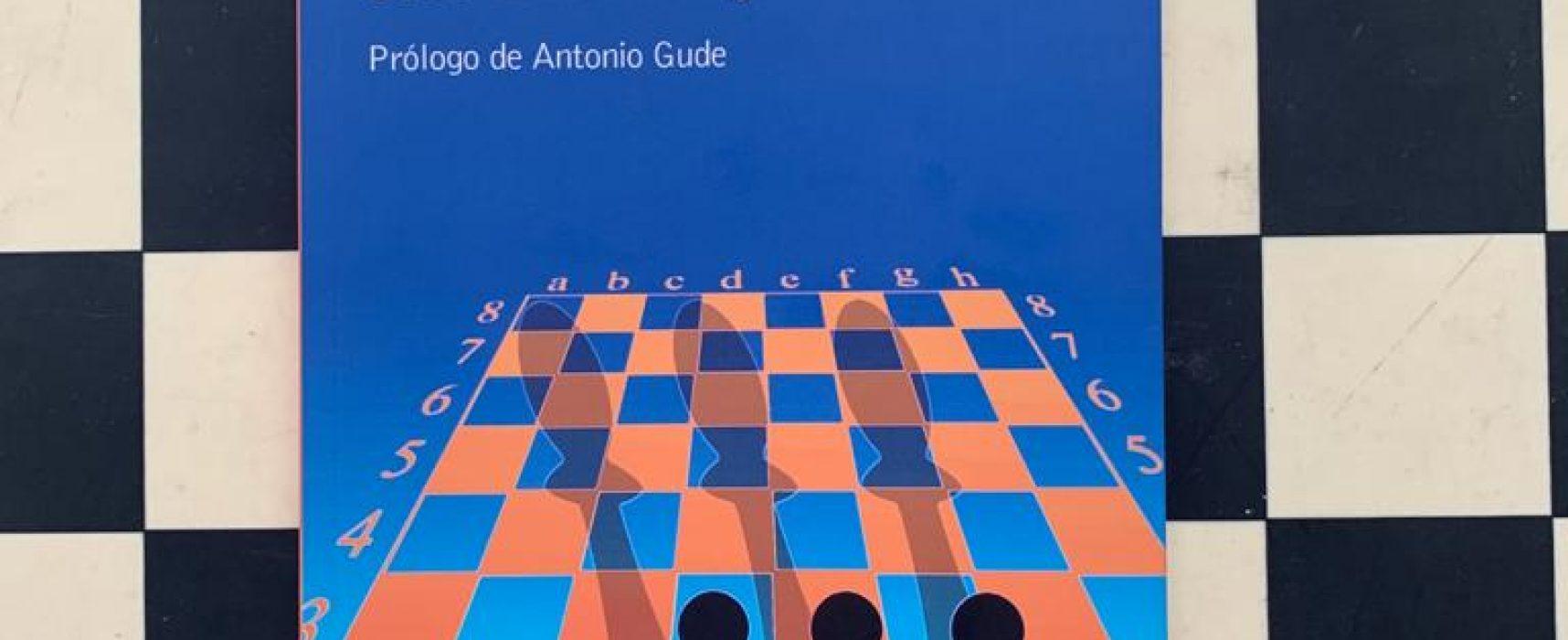 José Luis Torrego nos presenta su novela 'Tres peones negros en séptima'